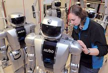 Humanoid robots that exist now / Looking at the sorts of designs that have made it to become working robots...
