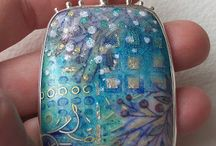 examples: settings for enamel jewellery / There are many variations and ways of setting enamelled jewels.....some great examples here.
