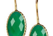 Mindy Kaling earrings