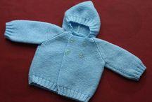 Abriguitos de punto / Abriguitos de punto para bebé hechos a mano en lana o perlé para vestir elegante al recién nacido