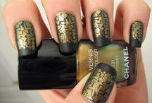 nailpolish / go bold with your nails