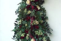 Floral Swag Arrangements / Beautiful dried flower swag arrangements for your home.