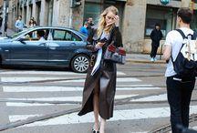 Cuero // leather / Cuero a todas horas... ¡porque sólo se vive una vez! http://chezagnes.blogspot.com/2016/10/toneladas-de-cuero.html #cuero #leather 3fashion #moda #streetstyle