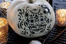 Halloween Party Design / Halloween Party Decor | Halloween Party Inspiration | Pumpkin Design | Creative Pumpkin