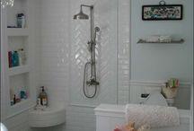 DDD.  DW LKD Bathroom. / by Gwen Driscoll