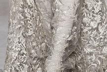 Silver / Diamonds / Pearls