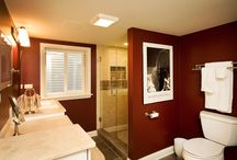 bathroom / by Stephanie Holtz