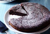 cakes / by Cheryl Davis