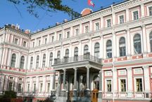 Folk-Show in St.Petersburg, Russia / Enjoy a colorful folkloric show at one of the palaces in St.Petersburg! Book early!
