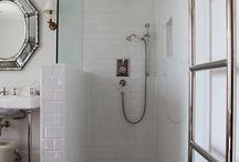 {{ Bathroom }}