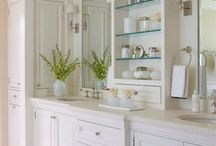Bathrooms / A collection of new and renovated bathroom designs