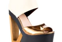 Glorious shoes / by Lindsey Sway