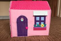 Kitchen doll house