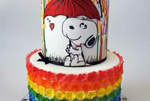 Snoopy and Charlie Brown cakes