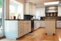 Cabinets / Kitchen Cabinets