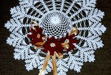 Crochet Doilies and Rugs / by * RobsFan-tasy *