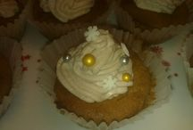 Own cakes and desserts / I like baking, although I hardly have time. Always looking for good recipes.