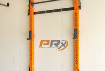 squat racks-pull up station