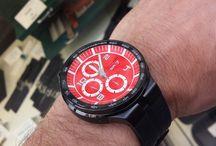 Montres colorées de l'été / Des montres aux belles couleurs, idéales pour l'été.