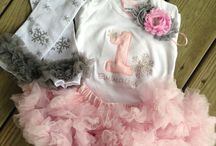 Ideas for Winter Onederland Birthday for my Daughter in December 2014 / To prepare to collect many ideas for my daughter 1st Birthday Party <3