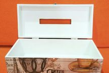 Tissue Box / We have many tissue box with vintage desain, ready to decorate your room or the best gift for a special person