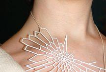 Laser cut jewellery / Ornamenti e bigiotteria tagliati al laser