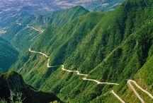 Paisagens do Brasil / O Brasil é um país rico em paisagens magníficas, com suas cidades históricas, monumentos, florestas, montanhas, dunas, rios, cachoeiras, lagoas e praias fazem parte da imensidão de incríveis belezas que nosso país oferece ao turistas.   Cenários únicos encantam a todos.  Acesse: http://paisagensbrasileiras.openbrasil.org