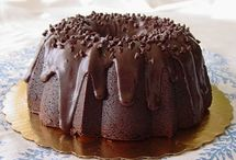 Bundt Cakes & Pound Cakes / by Jody Browne