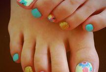 nails =)