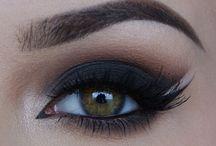 Maquillage des yeux / beauté des mains