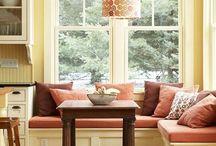 geam cu divan
