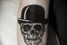 Kafatası dövmeleri