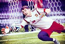 Legendary goalkeeper ! <3