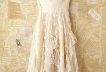 Fabulous Dresses / Only the most amazing lust worthy dresses make this board!