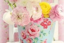 Flowers / by Everyday Gourmet (Linda Rausch)