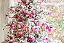Piros- fehér karácsonyfák