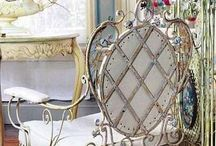 Vintagious  / Vintage decoration