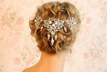 hair accessories wedding / Hair accessories for the special bride on her wedding day. Mooie haar accessoires voor de bijzondere bruid op haar bruiloft. / by Wedspiration - leuke ideeen voor je bruiloft