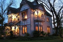 Bed and Breakfast Victorian houses / by Marie Austin