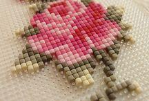 pixels perler