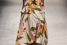 off shoulder / ¡Enseña los hombros! http://chezagnes.blogspot.com.es/2015/06/off-shoulder-ensena-los-hombros.html #trend #tendencias #fashion #moda #spring2016