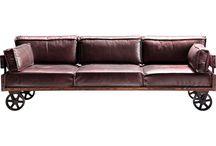 Canapea cu roti