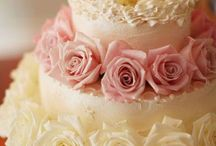 cakes / by Lisa McCarty