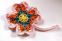 hačkované kvety