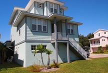 Florida rentals to Check out! / by Katie Hennessy