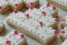 Cookie art cakes