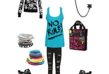 Avril Lavigne Outfits and Style
