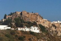 Andalusie, Andalusia / Alles staat in het teken van vertrek / by Berry Visser