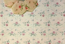 Grandmother's Flower Garden Quilt / A Grandmother's Flower Garden quilt is the perfect portable project. Say NO to templates!