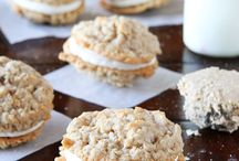 Cookie Recipes / All kinds of cookie recipes -- easy cookie recipes -- homemade cookies -- chocolate chip cookies -- sugar cookies -- drop cookies and more!
